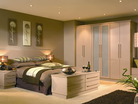 Fitted wardrobes stockport bespoke fitted wardrobe design for Cheap modern home decor uk